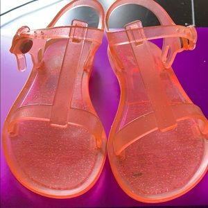 Girl's jelly sandals in great condition